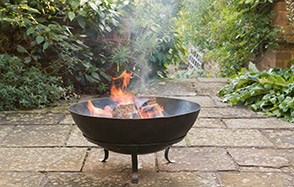 Firepits for winter evenings in the garden