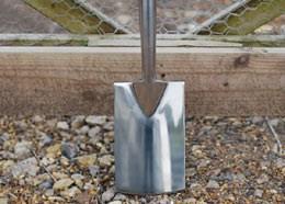 Fiskars stainless steel border spade