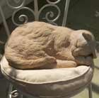 sleeping-cat-sculpture