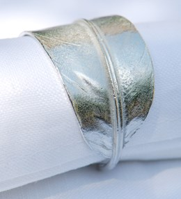 Pair of feather napkin rings