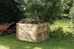 Slot down compost box