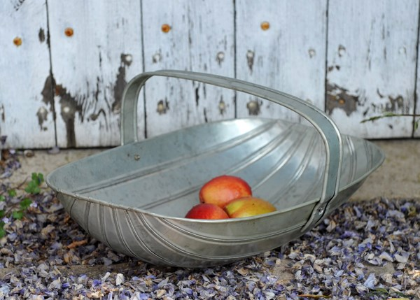 Kitchen garden trug