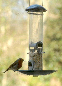 Heavy duty feeder tray - seed saver