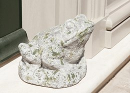 Decorative aged stone frog