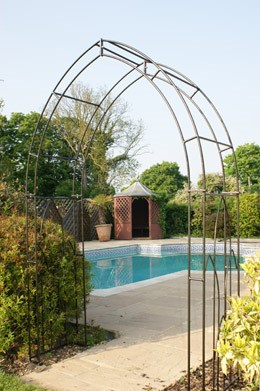 Decorative solid steel arch