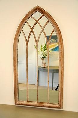 Worcester mirror