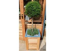 Cedar planter 450mm